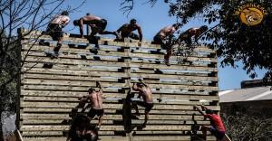 carrera con obstáculos