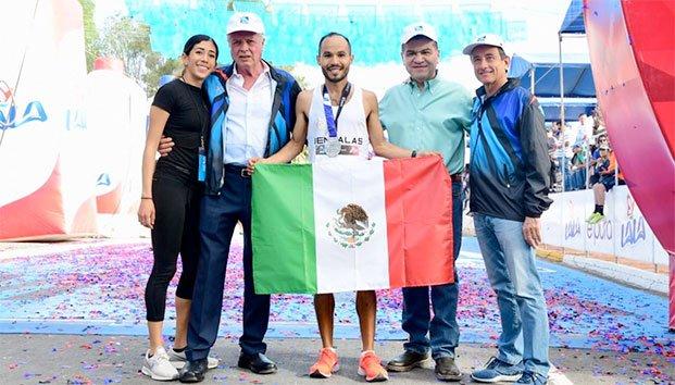 Daniel Ortiz tricampeón